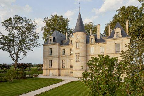 Excellent 2020 En Primeur reviews for Château Pichon Comtesse and Château de Pez